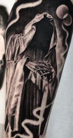 Chicano Tattoos Sleeve, Best Sleeve Tattoos, Skull Tattoos, Hand Tattoos, Unique Tattoos, Tatuaje Grim Reaper, Grim Reaper Art, Grim Reaper Tattoo, Dark Tattoos For Men