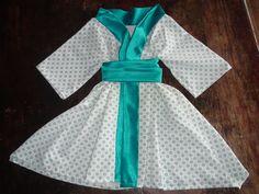 Kimono tamanho 4 feito de tecidos reciclados