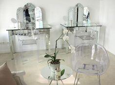 Décoration et fabrication d'un salon pour esthétique haut de gamme pinned with Pinvolve