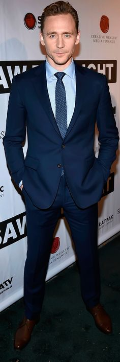 Tom Hiddleston attend the premiere of 'I Saw The Light' at The Belcourt Theatre on October 17, 2015 in Nashville, Tennessee. (From Torrilla). #SuitPornSunday. Full size image: http://maryxglz.tumblr.com/post/155248591487/tom-hiddleston-attend-the-premiere-of-i-saw-the