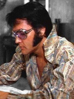 That's The Way It Is - Before Show,,Elvis. King Elvis Presley, Elvis Presley Family, Elvis And Priscilla, Elvis Presley Photos, Priscilla Presley, Mississippi, Lisa Marie Presley, Graceland, Most Beautiful Man