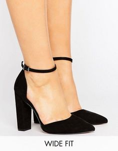 For the Gianvito Rossi shoes worn in paris, this is the ASOS PENALTY Wide Fit Pointed Heels $49