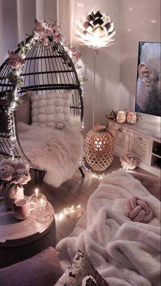 Teen Bedroom Designs, Room Design Bedroom, Bedroom Colors, Bedroom Decor For Teen Girls, Modern Bedroom Decor, Bedroom Ideas For Small Rooms Cozy, Bedroom Small, Trendy Bedroom, Contemporary Bedroom