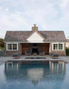 A pool house? Ok yeah, if I had that kind of money and land, I'd be cool with giving my massive pool it's own house lol. -------- Pool house with fireplace Pool House Decor, Pool Barn House, Pool Shed, Pavillion, Pool House Designs, Pool House Plans, Pool Cabana, House Ideas, Cool Pools