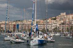 Gaetano e Santino Concu (di 10FF) su Italia all'uscita del porto di Cagliari.