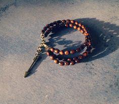 Boho con cuentas pulsera, brazaletes bohemias multistrand, pulsera con cuentas de madera, apilamiento de grunge de pulseras, joyería alternativa