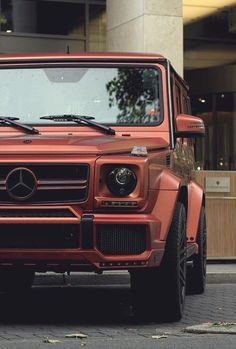 Mercedes Benz G Wagon Inspiration For You Mercedes Auto, Mercedes G Wagon, Mercedes Benz G Class, Mercedes Brabus, Lux Cars, Fancy Cars, Best Luxury Cars, Car Wheels, Future Car