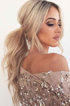 Get to know how to bring ponytail hairstyles to the next level. Braids curls wav… Get to know how to bring ponytail hairstyles to the next level. Braids curls waves and textured ponytails will change the game. Cute Ponytail Hairstyles, Cute Ponytails, Formal Hairstyles, Braided Hairstyles, Wedding Hairstyles, Cool Hairstyles, Teenage Hairstyles, Twisted Ponytail, Hairstyle Ideas
