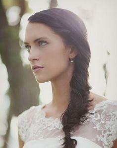 http://longhairstylesforgirl.blogspot.com    Long Hairstyles: Long Wedding Hair Styles