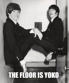 Paul McCartney and Ringo Starr 1964 Paul Mccartney, John Lennon, George Harrison, Pop Rock, Rock And Roll, Beatles Funny, Heavy Metal, Richard Starkey, Band Memes