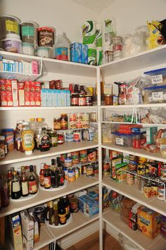 1000 images about walk in pantry organization on pinterest walk in pantry pantry and baskets. Black Bedroom Furniture Sets. Home Design Ideas