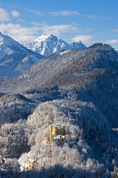 Hohenschwangau Castle, Bavaria, Germany Ive been here! Places Around The World, Oh The Places You'll Go, Places To Travel, Places To Visit, Around The Worlds, Wonderful Places, Beautiful Places, Germany Castles, Neuschwanstein Castle