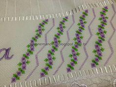 Bordados     Hoje estou postando mais trabalhos meus e de algumas alunas.   São toalhas bordadas em vários pontos.   Alguns modelos for...