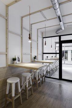 Café La Torta Pontevedra. Bar Restaurant. Proyecto Nan arquitectos / Nan Contract. Fotografías: Iván Casal Nieto