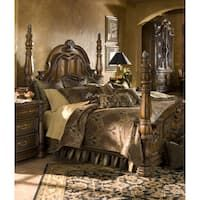 Finally, there is an easy way to get a designer look for your bedroom with the Pontevedra Comforter Set by Michael Amini. This luxurious printed velvet frame design, in deep rich colors of nature, lends warmth to your bedroom. Luxury Duvet Covers, Luxury Bedding Sets, Glam Bedding, Queen Comforter Sets, Queen Beds, Queen Room, Bedroom Sets, Master Bedroom, Master Suite