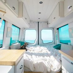 Lots of great windows and open space in the van. The interior design of the camper makes it look so spacious. convers 10 Camper Van Bed Designs For Your Next Van Build Kombi Trailer, Kombi Motorhome, Kombi Camper, Rv Campers, Camper Trailers, Camping Car Van, Camping Cabins, Family Camping, Camas Murphy