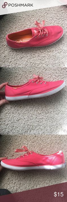 pink keds never worn, perfect condition. pink/orange plaid shoelaces. orange inside, coral pink outside Keds Shoes Sneakers