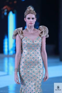 Miss Italy | 37 Over-The-Top Evening Gowns From The 2013 Miss World Fashion Show