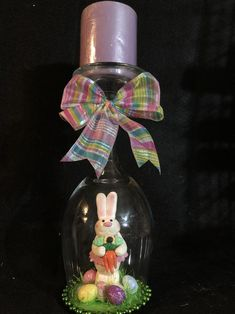 Easter Wreaths, Christmas Wreaths, Christmas Ornaments, Easter Crafts To Make, Mardi Gras Wreath, Diy Wreath, Easter Bunny, Wine Glass, Unique Gifts