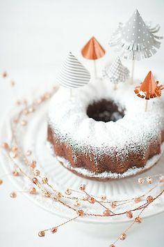 Frosty cake....
