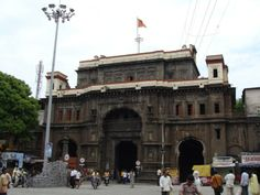 #BhavaniMandap – Place with Historical and Mythological Significance - The #history related to the place unrevealed the fact that When #Kolhapur achieved self-governance, this place was constructed. The place was huge, and had fine construction with total 14 squares. Parts of the building were damaged and that discloses the fact that in the year 1813, one Muslim knight named Sadakhan, invaded this #palace and in the bustle, a portion of it burnt. #travels #tourism #wonderlust