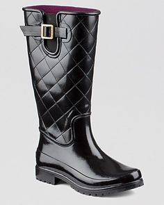 The season's quilting shines in these patent-finish rain boots from Sperry. Stylish lug soles offer extra traction on wet days.   Rubber upper, fabric lining, rubber sole   Imported   Round toe; pull