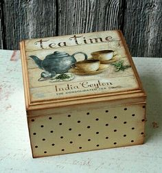 decopodge cajita de t cajita de t cajita de t cajita de t cajita de t cajita de t cajita de t Decoupage Vintage, Decoupage Box, Deco Podge, Cigar Box Art, Crafts To Make, Diy Crafts, Altered Cigar Boxes, Tea Box, Pretty Box