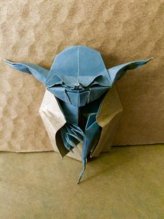 Origami Jedi Master Yoda Designed by Origami Yoda, Cardboard Box Crafts, Paper Crafts, Spectacle, Paper Folding, Starwars, Bugs, Journals, Sculptures