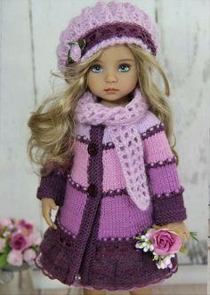 Bilder til Tamara Lipskaja Knitting Dolls Clothes, Knitted Dolls, Doll Clothes, Doll Patterns Free, Realistic Dolls, Knit Fashion, Little Darlings, Loom Knitting, Vintage Dolls