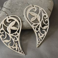 Large Metal Paisley Earrings by WireNWhimsy, via Etsy.