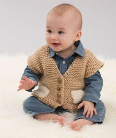 Easy Pocketed Vest Free Knitting Pattern in Red Heart Yarns - Knit garter stitch is easy to do and has modern appeal! Baby Boy Knitting Patterns, Knitting For Kids, Knitting For Beginners, Baby Patterns, Free Knitting, Baby Boy Cardigan, Baby Pullover, Knit Vest Pattern, Point Mousse