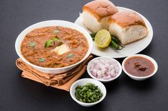 Bombay Best Pav Bhaji is considered as the best pav bhaji in sector 4 of Gurgaon. It's buttery & delicious taste has attracted a lot of locals. Healthy Indian Snacks, Healthy Recipes, Healthy Food, A Food, Good Food, Yummy Food, Longevity Diet, Pav Bhaji Masala, Diwali Snacks
