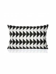 Black Arrow Cushion kussen #fermliving #pillow #myhomeshopping #textile
