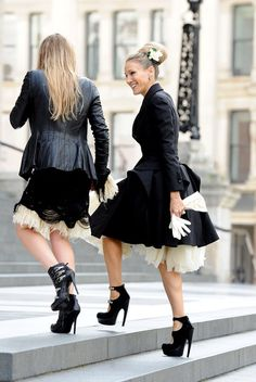 Sarah Jessica Parker.....love her style and her shoes. Always thought she was related to me lol