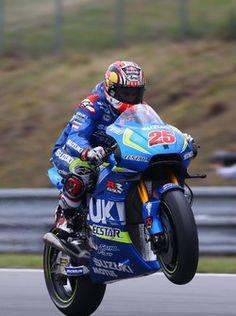 Maverick Viñales, Team Suzuki MotoGP Motogp, Velentino Rossi, Racing Bike, Vinales, Sport Bikes, Motorbikes, Valentino, Motorcycles, Gallery