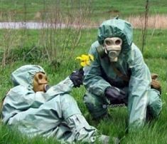 When You're Both Toxic For Each Other But You Try To Make It Work - Funny Memes. The Funniest Memes worldwide for Birthdays, School, Cats, and Dank Memes - Meme Memes Humor, Lol Memes, True Memes, Stupid Funny, The Funny, Funny Stuff, Funny Farm, Funny Things, Funny Relatable Memes