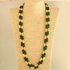 Dholki beads - Green And Dholaki Beads Long Necklace , Indian Necklace ,ethnic indian jewellery – Dholki beads Indian Necklace, Silver Jewellery Indian, Gold Jewellery Design, Bead Jewellery, Beaded Jewelry, Beaded Necklace, Silver Jewelry, Silver Ring, Coral Jewelry