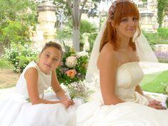 simple and so pretty Girls Dresses, Flower Girl Dresses, Bologna, Villa, Weddings, Wedding Dresses, Simple, Pretty, Flowers