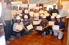 Pamma: Pequeños mineros de Diego de Almagro se capacitaron en emprendimiento minero  http://www.revistatecnicosmineros.com/noticias/pamma-pequenos-mineros-de-diego-de-almagro-se-capacitaron-en-emprendimiento-minero