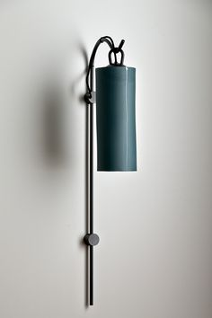 Articolo - Staff wall sconce with grey porcelain shade with inlay line detail and black Staff