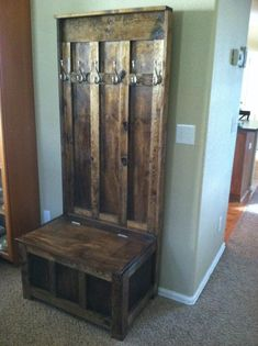 Pallet Furniture, Rustic Furniture, Furniture Ideas, Mobile Home Decorating, Diy Home Decor, Entryway Storage Cabinet, Entryway Bench, Corner Hall Tree, Rustic Hall Trees