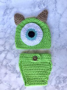 Monsters Inc Nursery, Monsters Ink, Cute Monsters, Monsters Inc Baby Costume, Monster Inc Costumes, Cute Crochet, Crochet Hats, Mike Wazowski, Baby Costumes