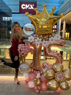Birthday Balloon Decorations, Birthday Balloons, Golden Birthday Parties, Princess Balloons, Graduation Party Decor, Balloon Bouquet, Quince Decorations, Quinceanera, Birthday Cakes