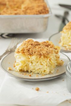Jewish Noodle kugel is a traditional Jewish holiday dish made from egg noodles baked in a sweet custard. kugel can be made in advance, refrigerated and baked before serving, making it perfect for big family get-togethers. #Jewish Kugel, #recipe #casserole Dessert For Dinner, Breakfast Lunch Dinner, Dessert Ideas, Jewish Kugel Recipe, Cream Cheese Topping, Graham Cracker Crumbs, Graham Crackers, Sweet Sauce, Egg Noodles