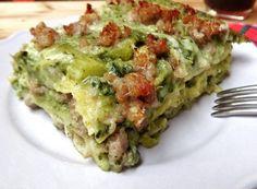 LASAGNE BIANCHE CON BROCCOLI E SALSICCIA Pasta Con Broccoli, Spinach Soup, Crepes, Vegan Lasagna Recipe, Happy Foods, Menu, My Favorite Food, Soul Food, Italian Recipes