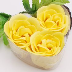 heart with yellow flowers, cute idea for a centerpiece