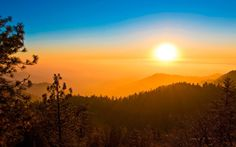 Sunset over the California plains seen fro Sequoia Park by Romain Guy