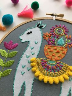 In this tutorial, we love to list the different kinds of embroidery stitches you can use that anyone can learn. It is not bound to be used on the leaves pattern but these stitches are simply amazing on all kinds of embroidery patterns. Hand Embroidery Stitches, Hand Embroidery Designs, Embroidery Techniques, Embroidery Kits, Cross Stitch Embroidery, Paper Embroidery, Knitting Stitches, Beginner Embroidery, Hand Stitching