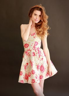Strapless dress in Vintage Floral CottonSize 2 4 and 8 by Leanimal, $192.00