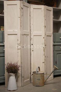 Afbeeldingsresultaat voor raamluiken old basics Old Shutters, Wooden Shutters, Window Shutters, Wooden Room Dividers, Room Divider Doors, Divider Screen, Old Doors, Windows And Doors, Shutter Headboards